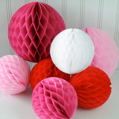 Honeycomb Ball Decoration