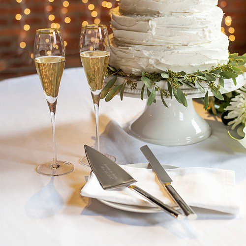 Personalized Champagne Flutes & Cake Serving Set