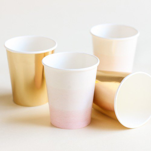 We Heart Pink and Gold Paper Cups