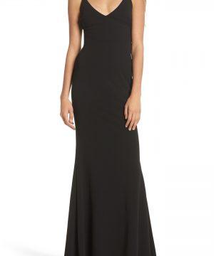 Women's Lulus V-Neck Trumpet Gown, Size Medium - Black