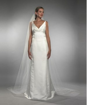 CLAIRE CATHEDRAL VEIL - DIAMOND WHITE ONESZ